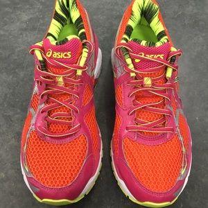 Asics Womens Sz 8.5 GT 2000 3 Orange Running Shoes